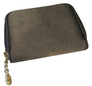Barry Kieselstein-Cord Barry Kieselstein-Cord Zip Around Wallet - (Gray Satin Exterior, Black Leather Interior)