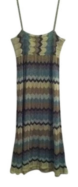 Preload https://item2.tradesy.com/images/h-and-m-multicolor-knit-knee-length-casual-maxi-dress-size-4-s-12831-0-0.jpg?width=400&height=650