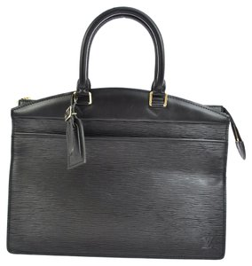 Louis Vuitton Riviera Satchel in black