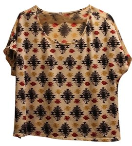 Urban Outfitters Tee Tribal Loose Casual Trendy Top Cream