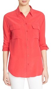 Equipment Silk Button Down Signature Slim Red Top Rosetta