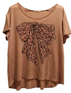 Hannah Graphic Vintage Bows Hearts T Shirt Light Brown