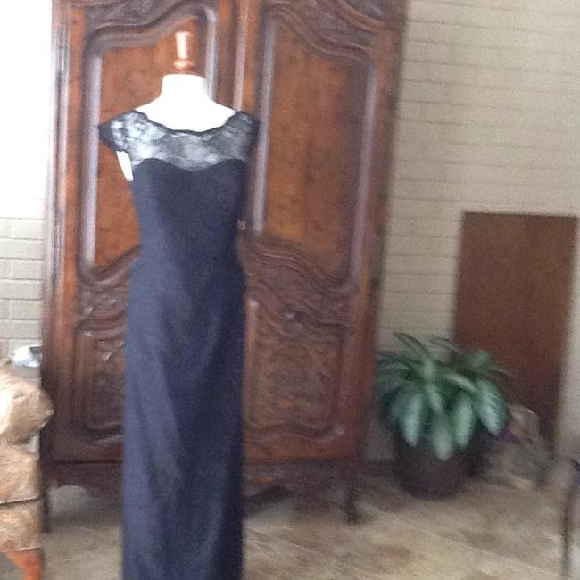 Item - Black Lace Formal Bridesmaid/Mob Dress Size 14 (L)