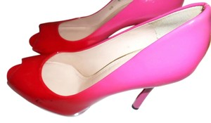 Stuart Weitzman Pop Of Color Patent Leather red/hot pink/rasberry Pumps