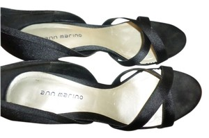Ann Marino Black satin Pumps