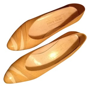 Bruno Magli Designer Wedge Career Golden Beige Pumps