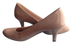 LifeStride Tender Taupe Pumps