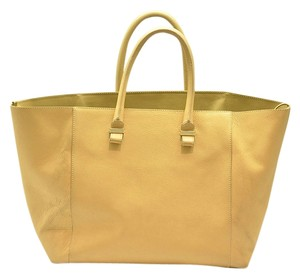 Victoria Beckham Tote in brown