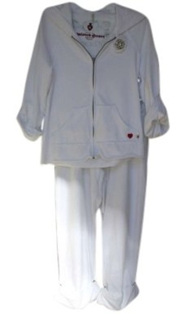 Preload https://item1.tradesy.com/images/twisted-heart-white-sports-suit-activewear-size-10-m-31-128490-0-0.jpg?width=400&height=650