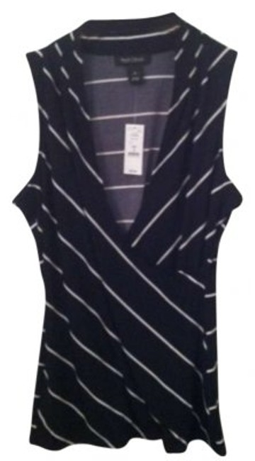 Preload https://item2.tradesy.com/images/white-house-black-market-navy-blue-sleeveless-and-striped-sweaterpullover-size-8-m-128491-0-0.jpg?width=400&height=650