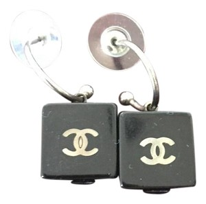 Chanel Vintage Chanel black cube earrings.Unique