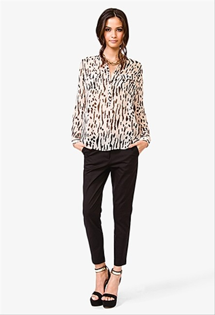 Forever 21 Essentials Workwear Top Print