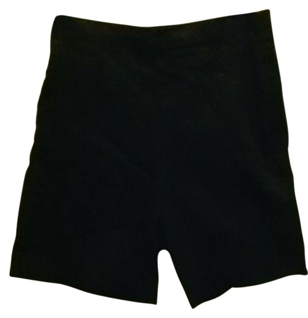Preload https://item1.tradesy.com/images/baby-and-me-black-stretch-shorts-maternity-size-6-s-28-128575-0-0.jpg?width=400&height=650
