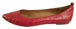 Crown Vintage Pointed Toe Faux Leather Red Flats
