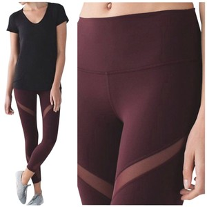 Lululemon Like New Lululemon High Times Wrap Mesh Size 4 Bordeaux Drama
