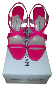 Manolo Blahnik Patent Leather Stiletto Open Toe Slingback Fuschia Sandals
