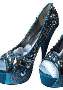 Wild Pair Studded Pump Torquoise Platforms