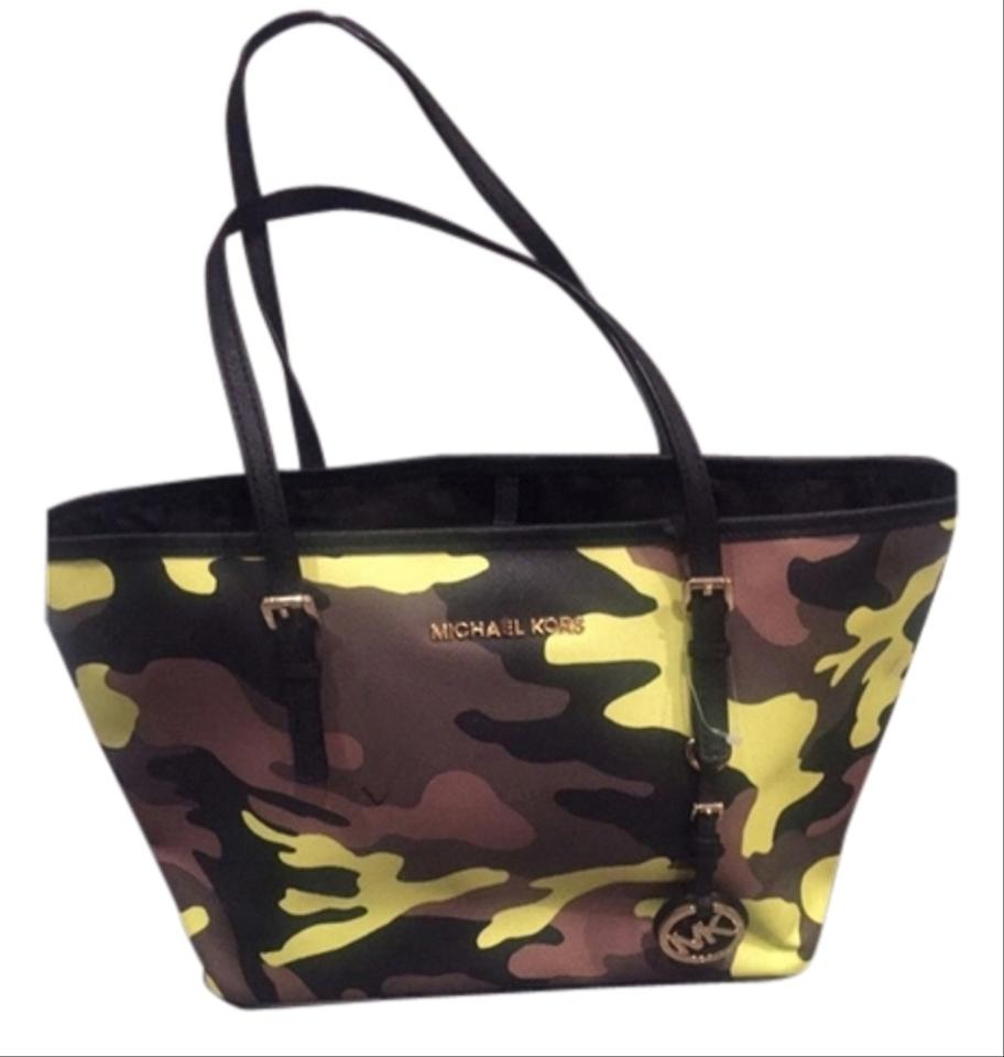 bc62b5037ec7 Michael Kors Jet Set Camo Mk Army Fatigue Acid Acid Yellow Purse Small Tote  in Camouflauge ...
