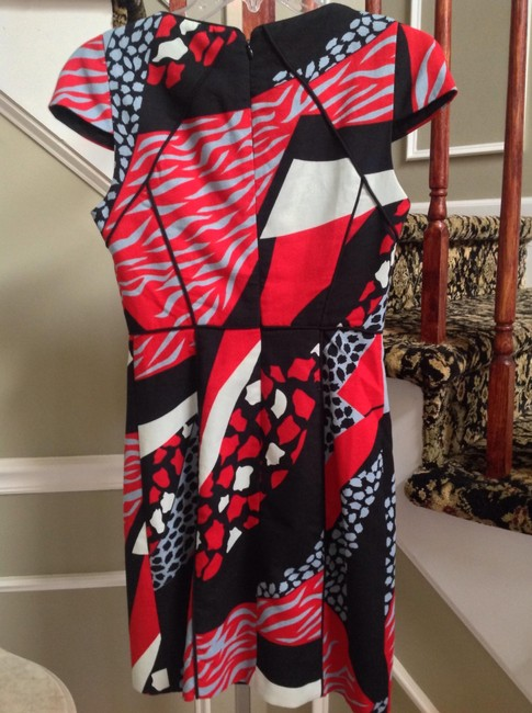 4.collective Crepe Printed Cap Sleeve Black/Red/Multi Desk To Dinner Dress