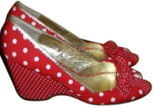Preload https://img-static.tradesy.com/item/12866/sam-edelman-red-and-white-dots-wedges-size-us-10-regular-m-b-0-1-540-540.jpg