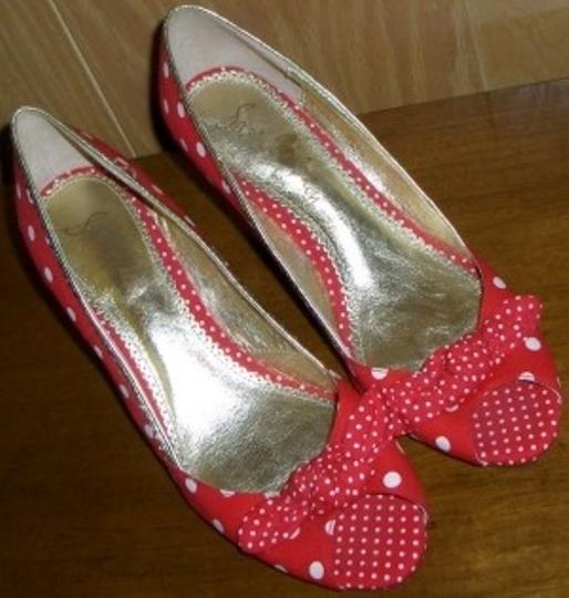 Sam Edelman Red and white dots Wedges