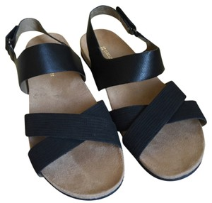 Naturalizer Blac Sandals