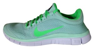 Nike Bright Breathable Flexible Green Athletic