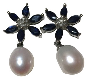 Kay Jewelers Beautiful - Solid 14k White Gold - Sapphire, Pearl and Diamond - Dangle Drop Flower Earrings