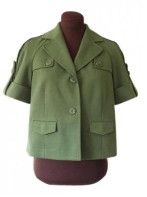Preload https://item4.tradesy.com/images/ann-taylor-loft-boxy-cropped-spring-military-epaulets-spring-jacket-128703-0-0.jpg?width=400&height=650