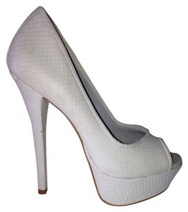 Steve Madden Leather Party Night Out Light Grey Pumps