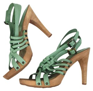 Chloe green Sandals