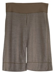 Lululemon crop metallic finish shorts ribbed waist