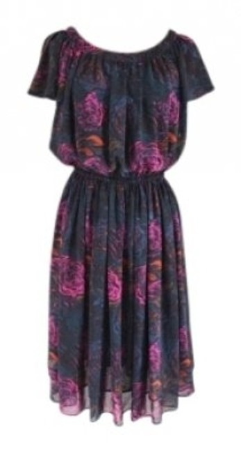 Preload https://item5.tradesy.com/images/h-and-m-navy-flutter-sleeve-rose-print-knee-length-workoffice-dress-size-8-m-128729-0-0.jpg?width=400&height=650