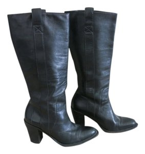 Banana Republic Black. Boots