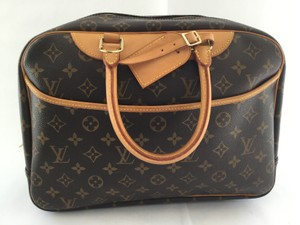 Louis Vuitton Deauville Shoulder Bag