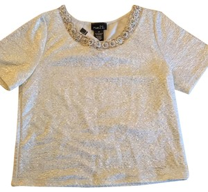 Rue 21 Top White, gold