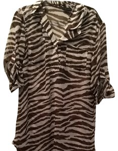 New York & Company Top Zebra