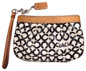 Coach Wristlet in Black and White, Camel Leather