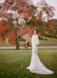Claire Pettibone Claire Pettibone Amaryllis Wedding Dress Wedding Dress