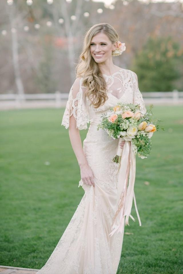 Claire pettibone amaryllis wedding dress wedding dress on for Where to buy claire pettibone wedding dress
