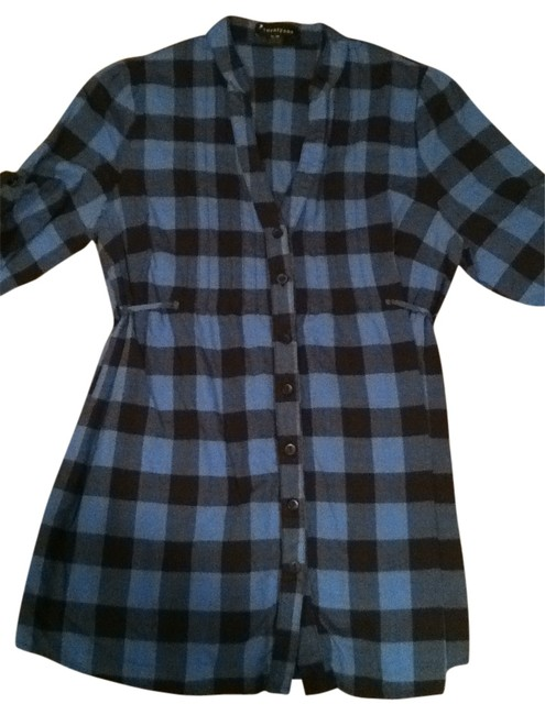 Preload https://item3.tradesy.com/images/forever-21-blueblack-plaid-shirt-button-down-top-size-8-m-128802-0-0.jpg?width=400&height=650