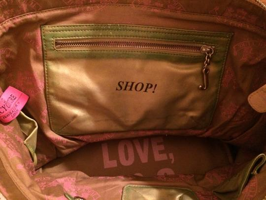 Juicy Couture Beach Bag Image 4