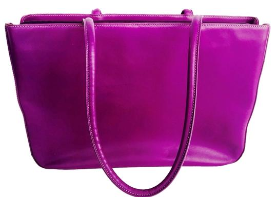 Preload https://item2.tradesy.com/images/levenger-purple-leather-tote-1288556-0-0.jpg?width=440&height=440
