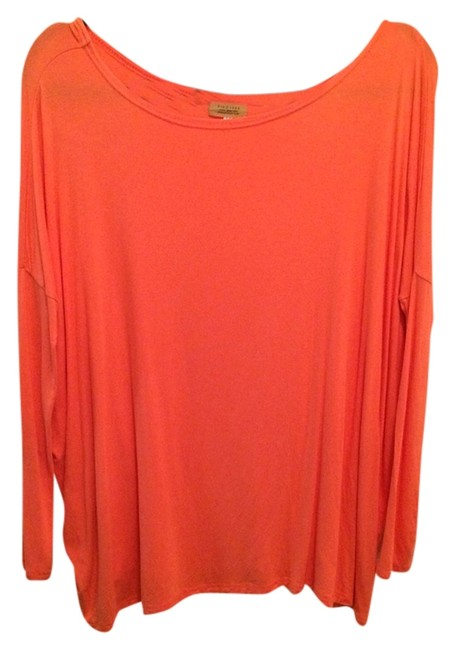 Item - Coral Tee Shirt Size 8 (M)