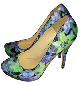 Michael Antonio Blue, purple, green tropical flower pumps Pumps