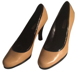 Alfani Tan with black accents Pumps