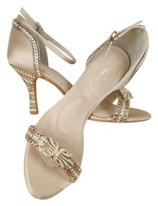 Angela Nuran Crystal Sexy Gold Sandals