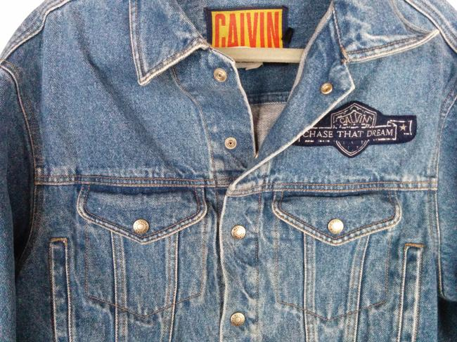 Calvin Klein Lightwash Light-wash Jeans Cropped Patch Detail Vintage Chase That Dream Womens Jean Jacket Image 2