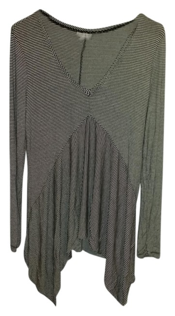 Preload https://item3.tradesy.com/images/a-pea-in-the-pod-striped-flowy-long-sleeve-top-1288762-0-0.jpg?width=400&height=650