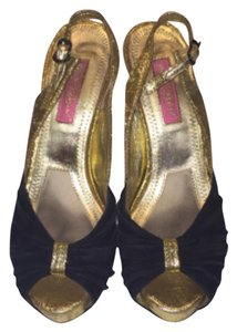 Betsey Johnson Black/Gold Sandals